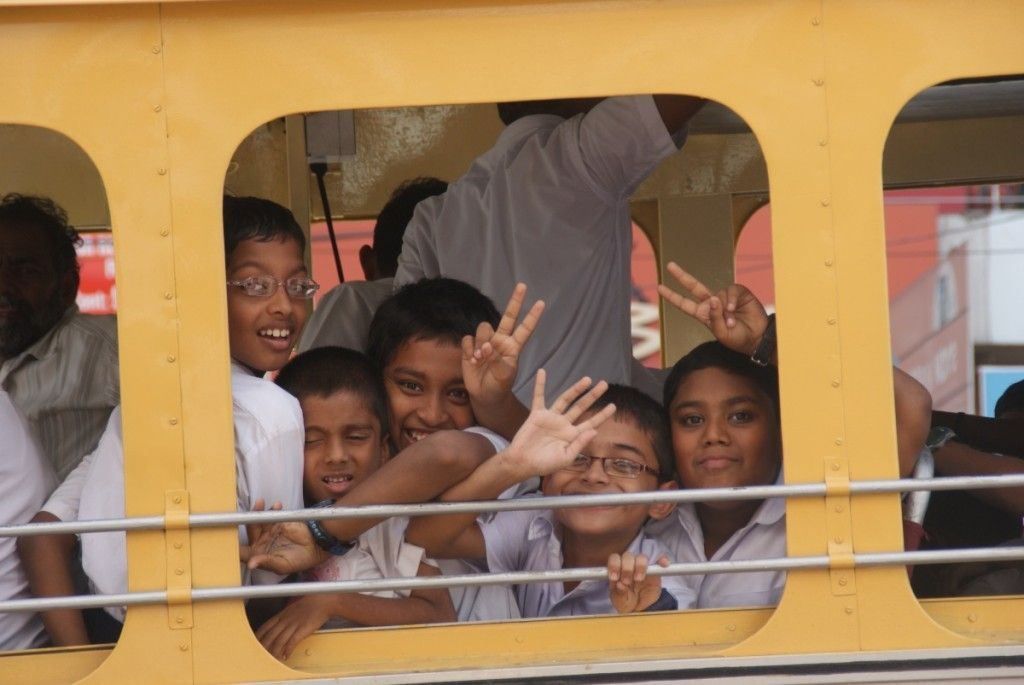 kinderen in de bus india